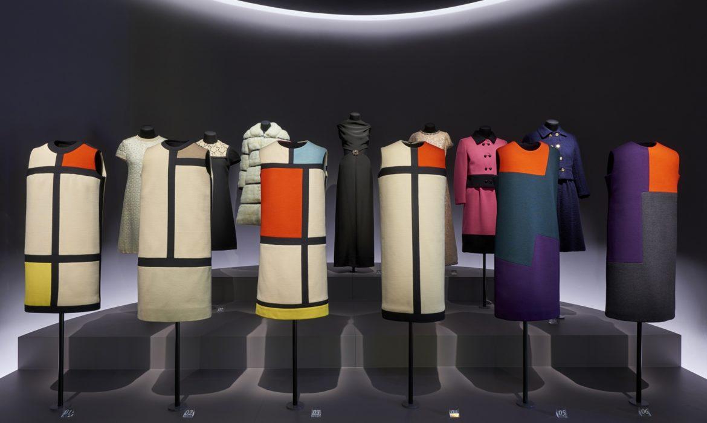 Nouvelle présentation des collections au Musée Yves Saint Laurent Paris.